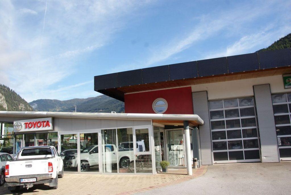 Installation der ersten Salzwasserbatterie im Tiroler Oberland